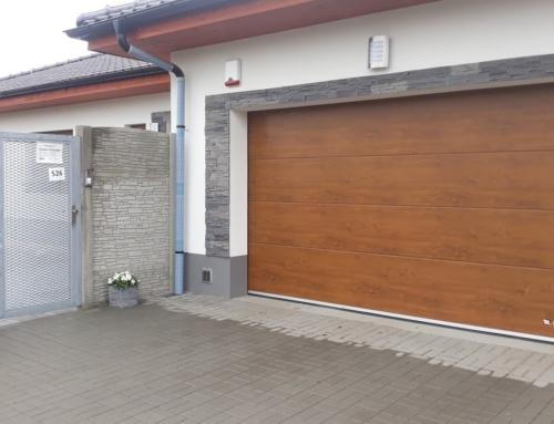 Garážová vrata a vstupní branka