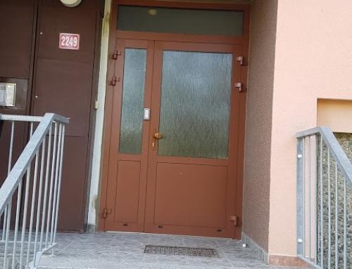 Vchodové dveře Louny